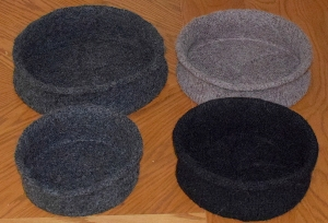 Strikket og tovede kattekurver i 4 størrelser